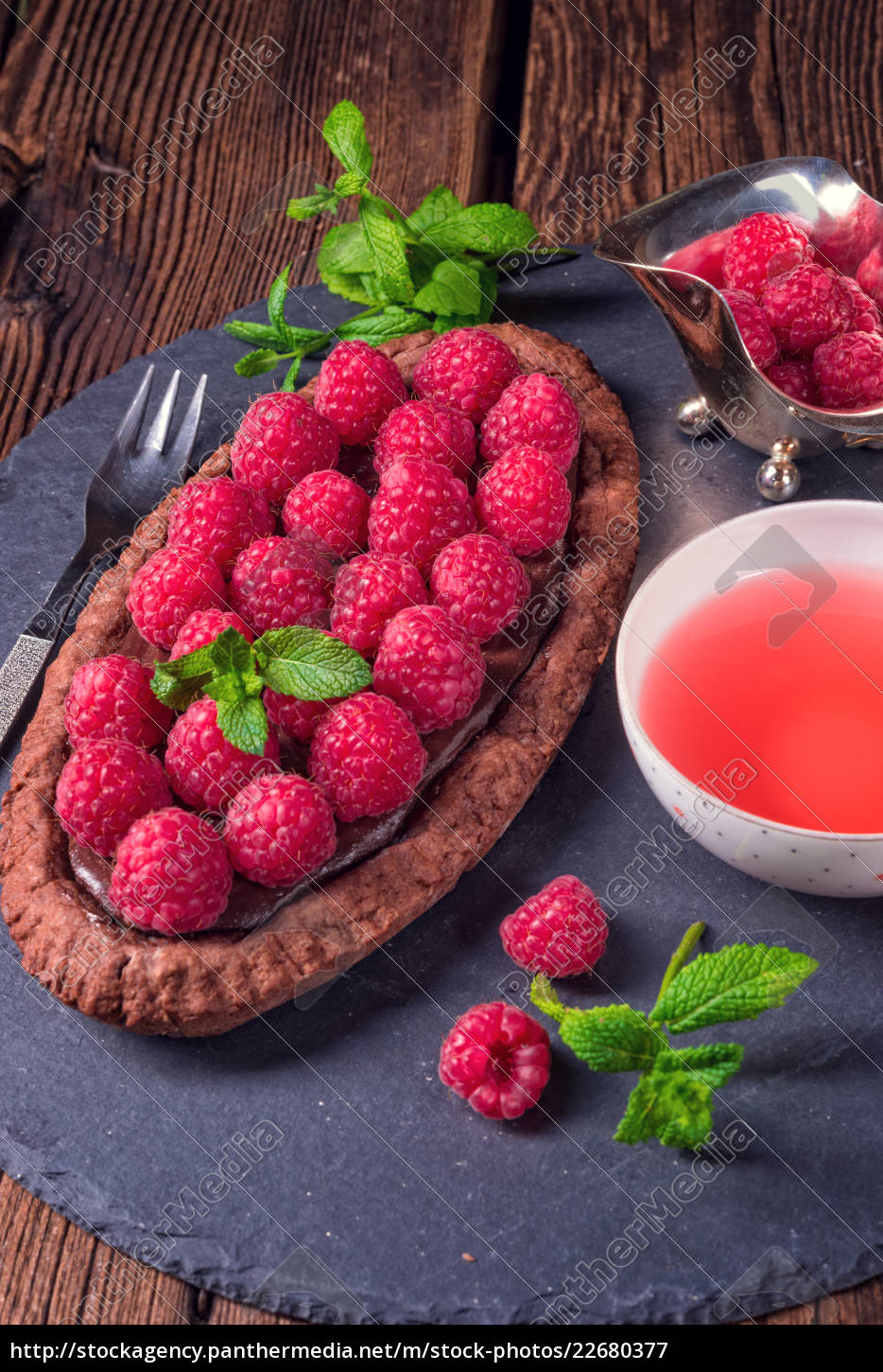 delicious, raspberry, chocolate, tart, with, ricotta - 22680377