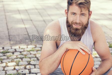 man, with, basketball - 22683623