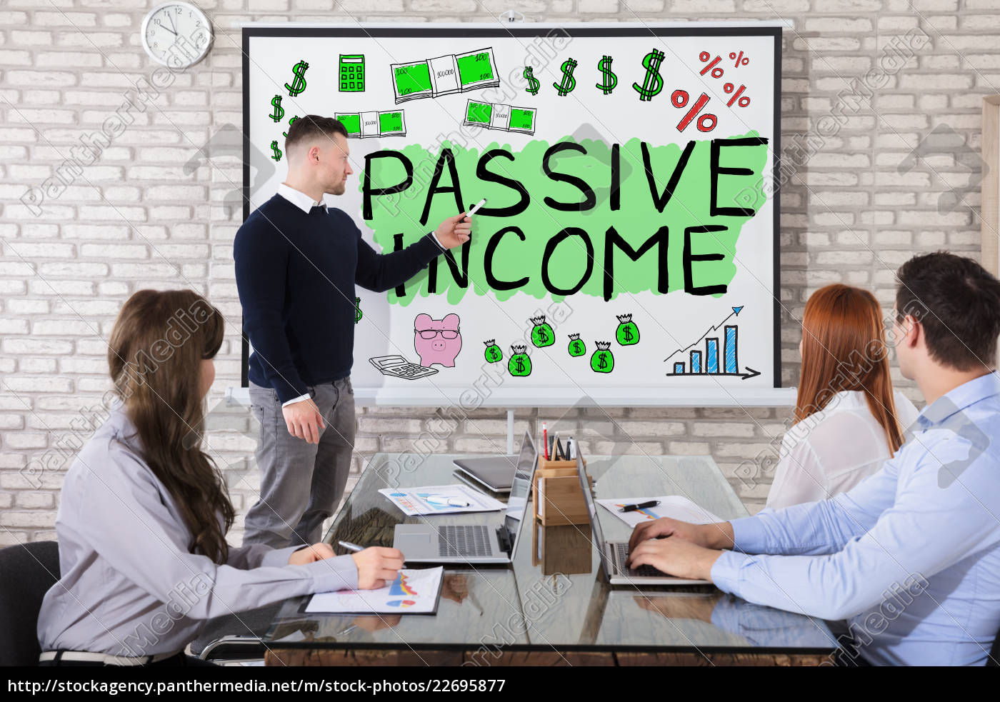 businessman, giving, presentation, on, income - 22695877