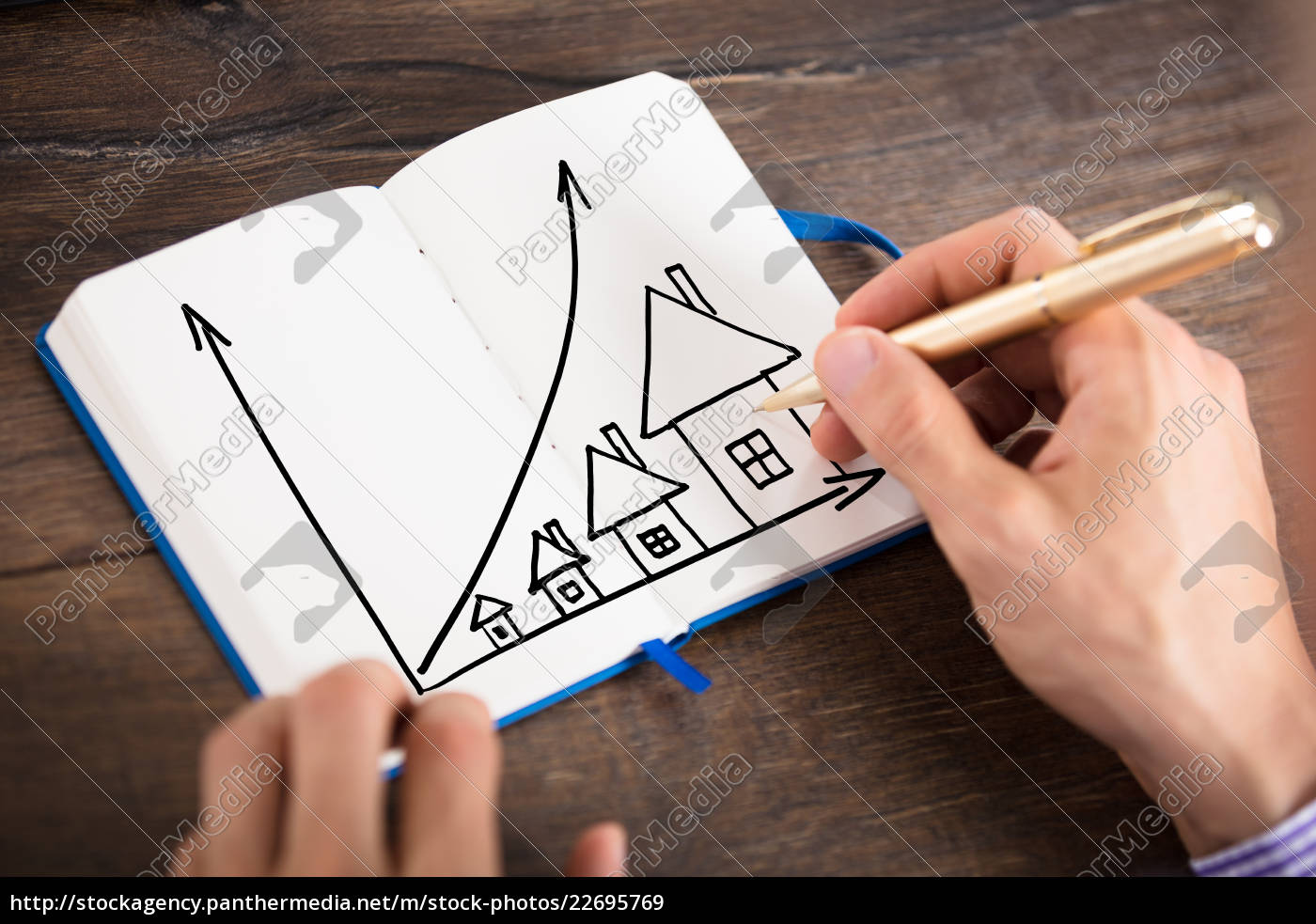businessperson, drawing, the, houses, chart, on - 22695769