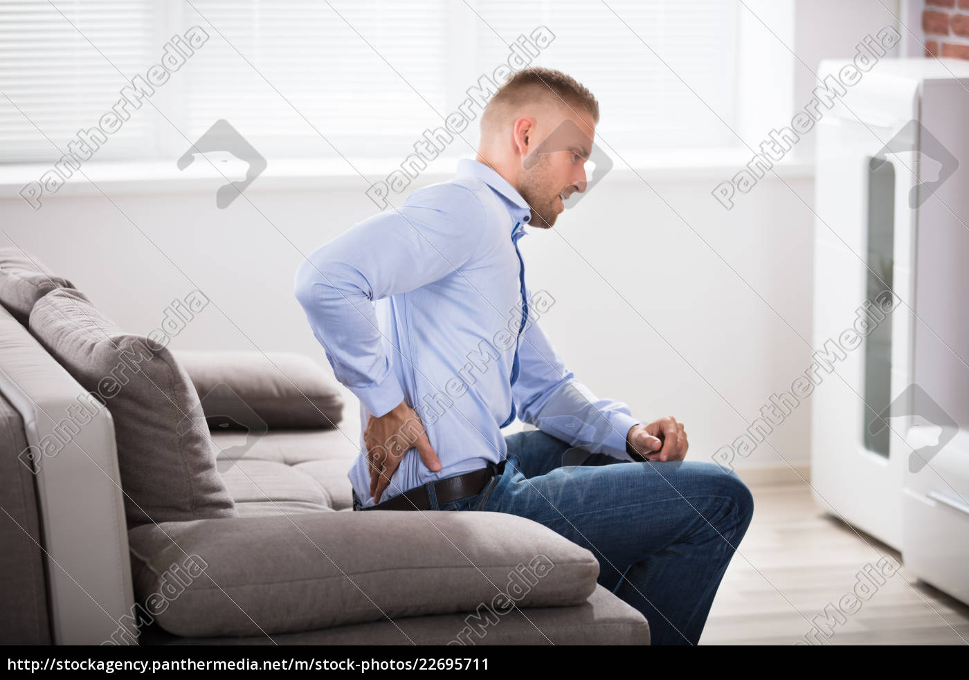 man, suffering, from, back, pain - 22695711