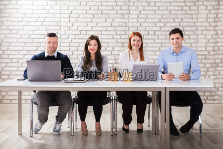 portrait, of, a, businesspeople, at, workplace - 22695591