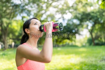 sport, woman, drinking, water - 22700571