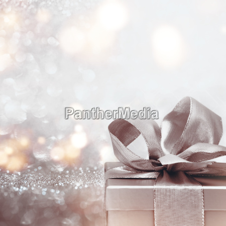 gift, on, abstract, silver, glitter, bokeh - 22706807