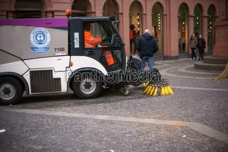 cleaning work weekly market mainz