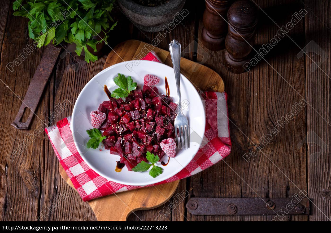 beetroot, salad, with, raspberries - 22713223