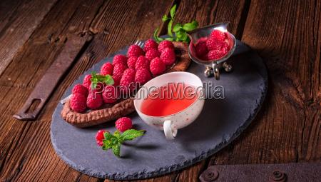 pavlova, with, berry, fruits - 22713227