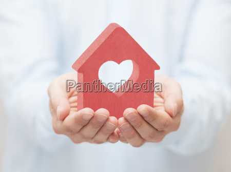 small, red, house, with, heart, in - 22717927