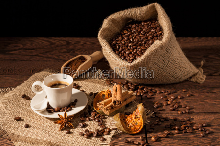 coffee, cup, with, cinnamon, , star, anise - 22719725