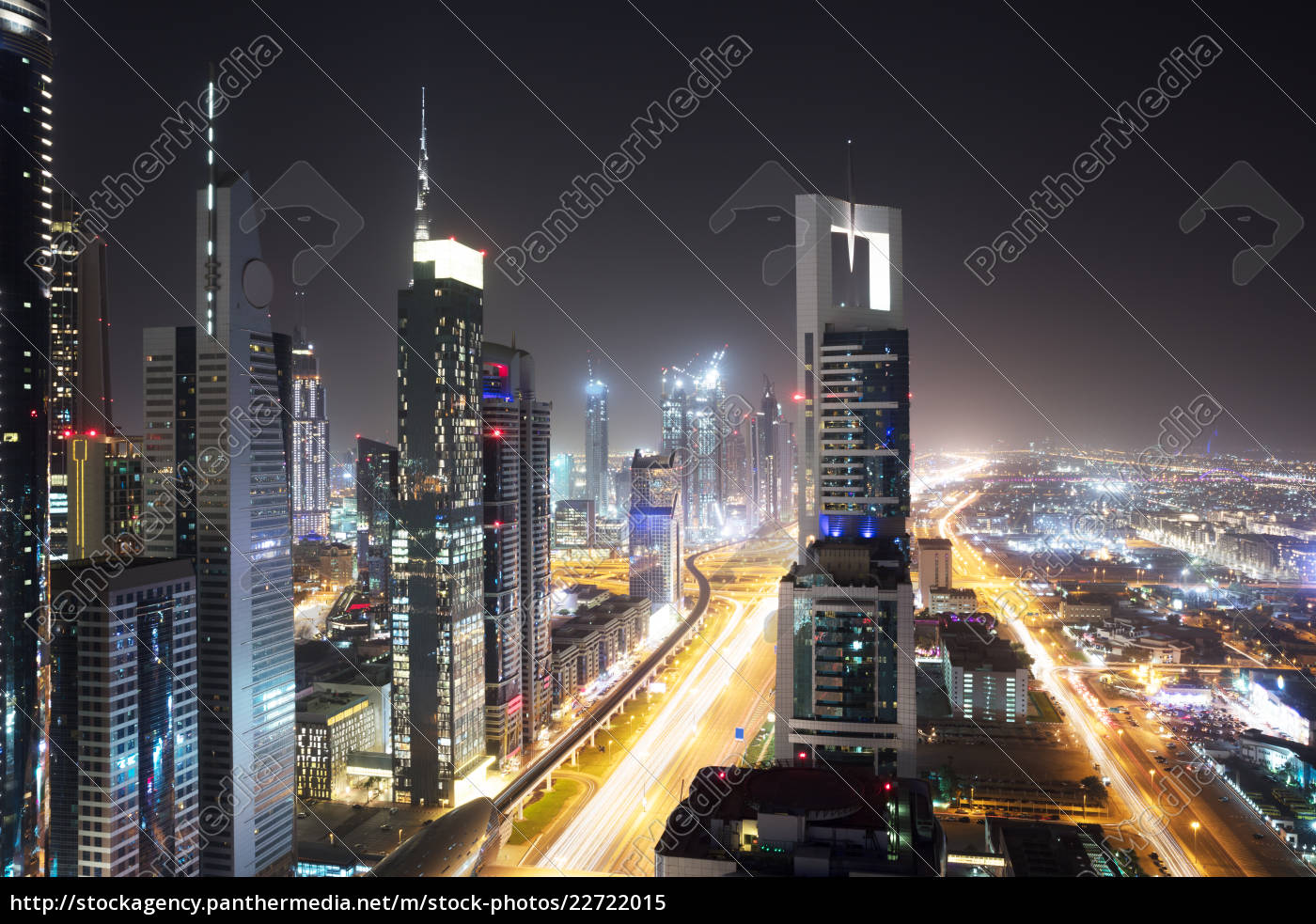 sheikh, zayed, road, at, night - 22722015