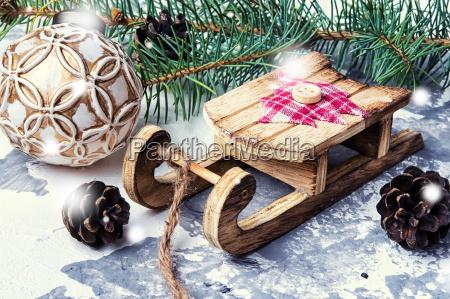 symbolic christmas sleigh