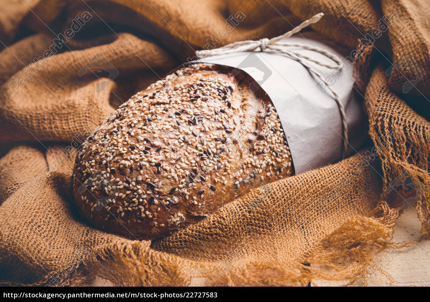 delicious, fresh, bread, on, wooden, background - 22727583