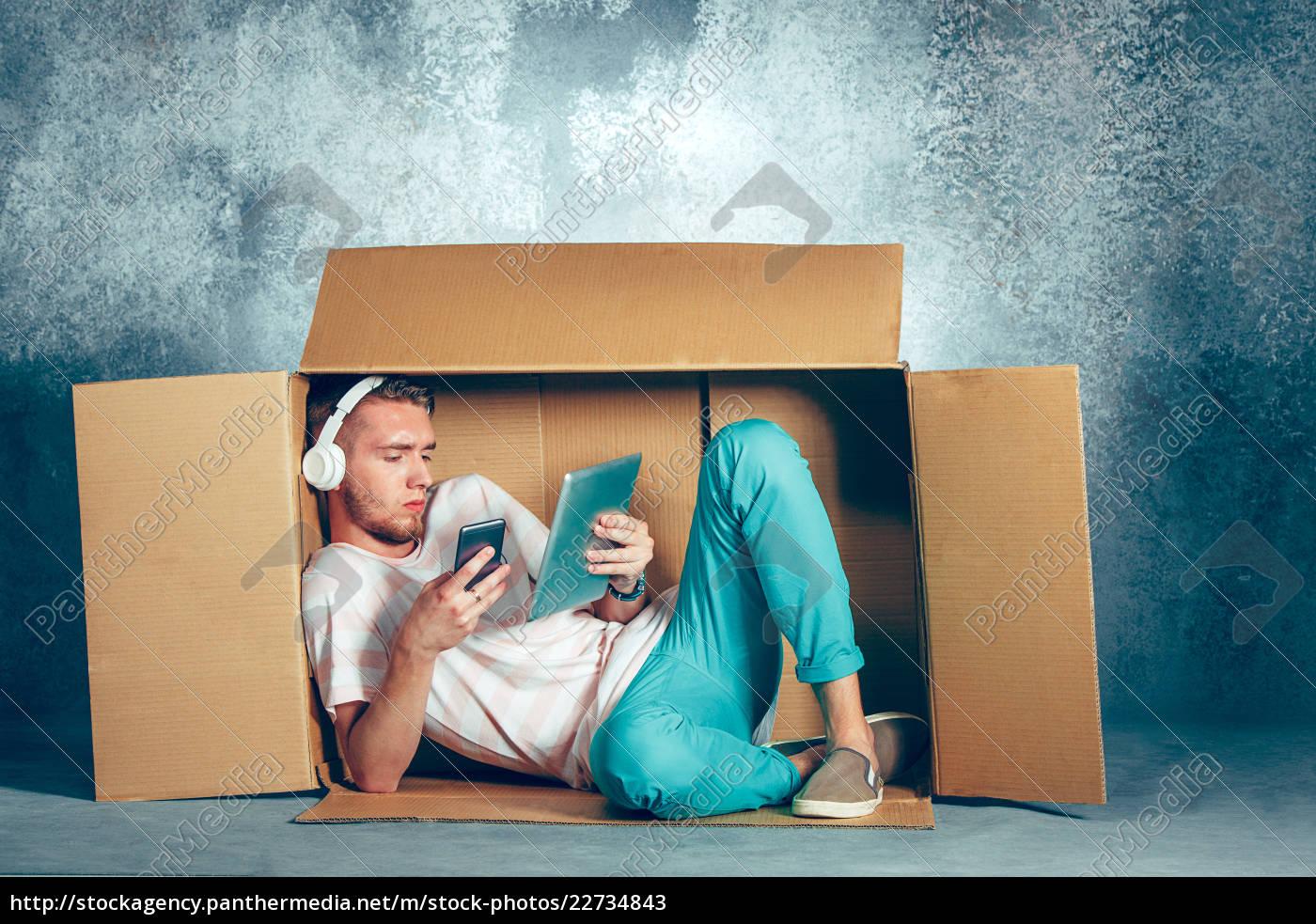 introvert, concept., man, sitting, inside, box - 22734843