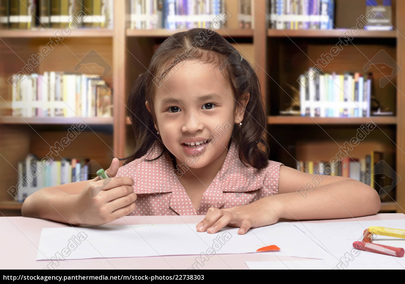 smiling, asian, cute, little, girl, drawing - 22738303