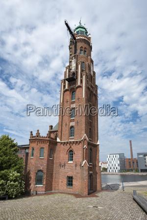 germany bremerhaven havenwelten simon loschen lighthouse