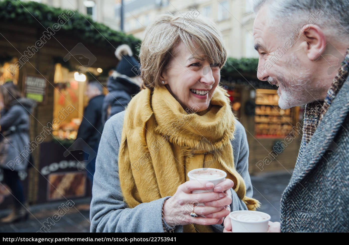 enjoying, coffee, at, the, christmas, market - 22753941