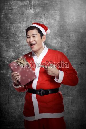 man, wearing, santa, claus, costume - 22753065