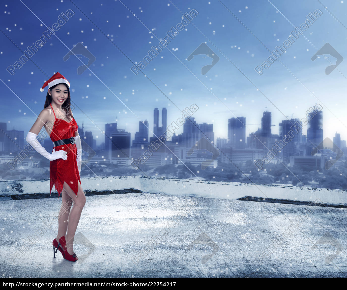asian, woman, in, santa, claus, costume - 22754217