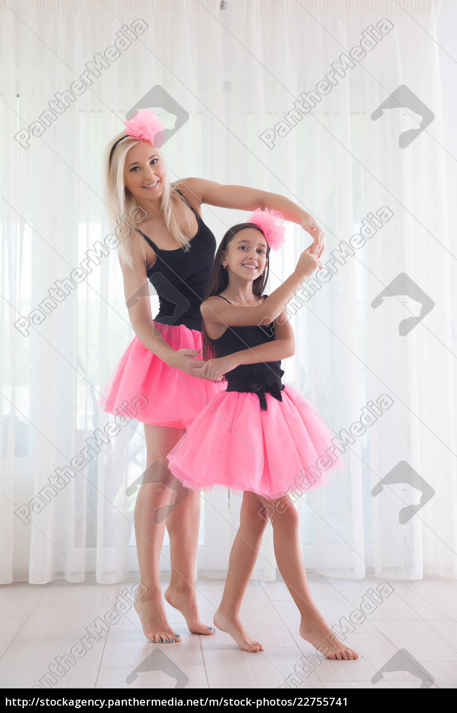 mother, and, daughter - 22755741