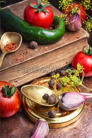 domestic pickle tomato