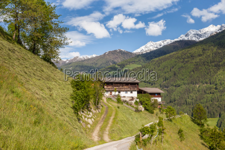mountain farm on the ahrntaler sonnenweg