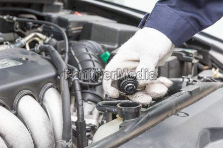 auto mechanic check engine car