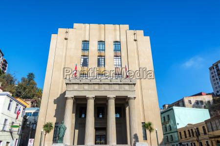 valparaiso courthouse view