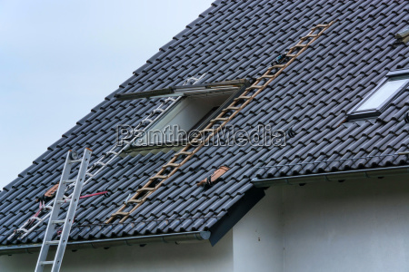 roofer builds in roof windows