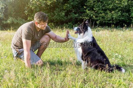 high five with the cute border