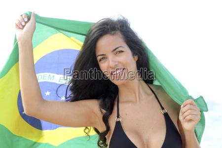 young brazilian woman 20 to 29