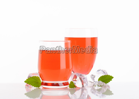 glasses of strawberry juice