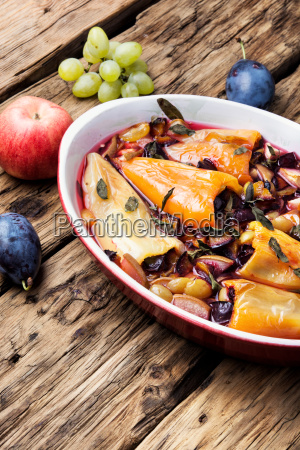 pepper stuffed with summer fruits