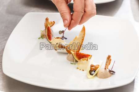 chef finishes his plate