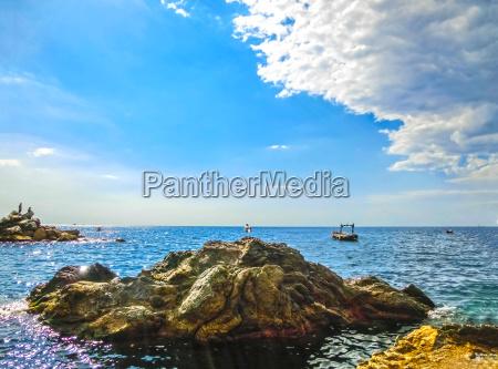 the rock over mediterranean sea manarola