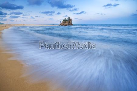 kemasik beach terengganu malaysia
