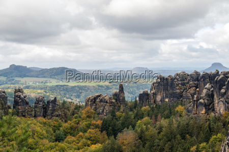 autumn in the elbe sandstone mountains