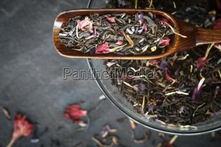 set for hibiscus tea preparation on