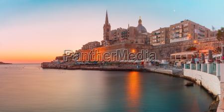 valletta skyline at the dawn malta
