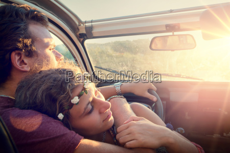 happy, couple, in, a, car - 23391034