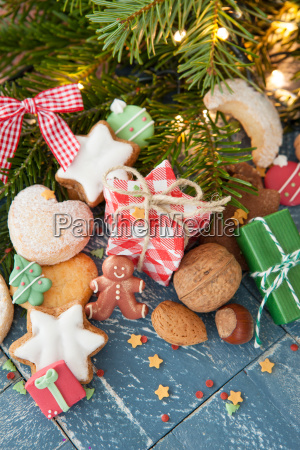 cookies and nuts for christmas