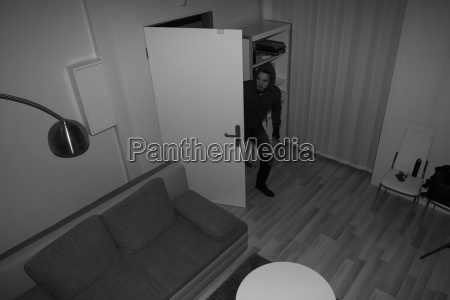 robber entering in house