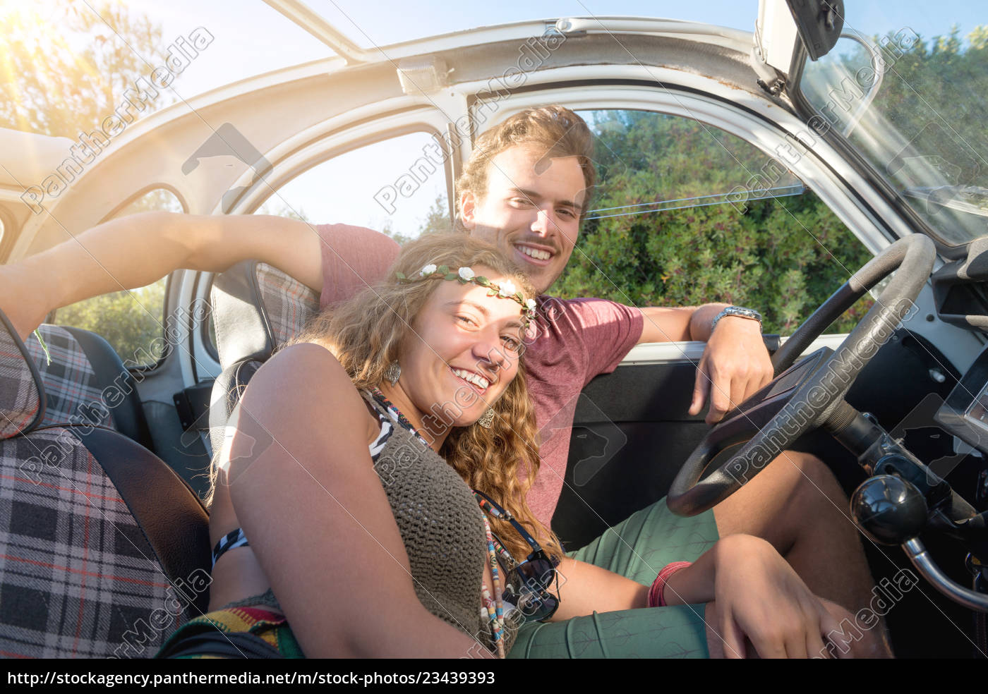 couple, in, a, car - 23439393