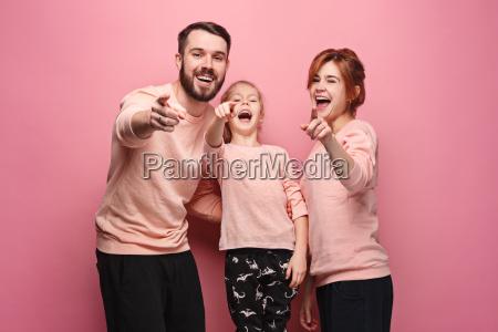 surprised, young, family, on, pink - 23452685