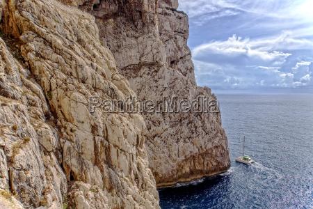 yacht rocks capo caccia marine reserve