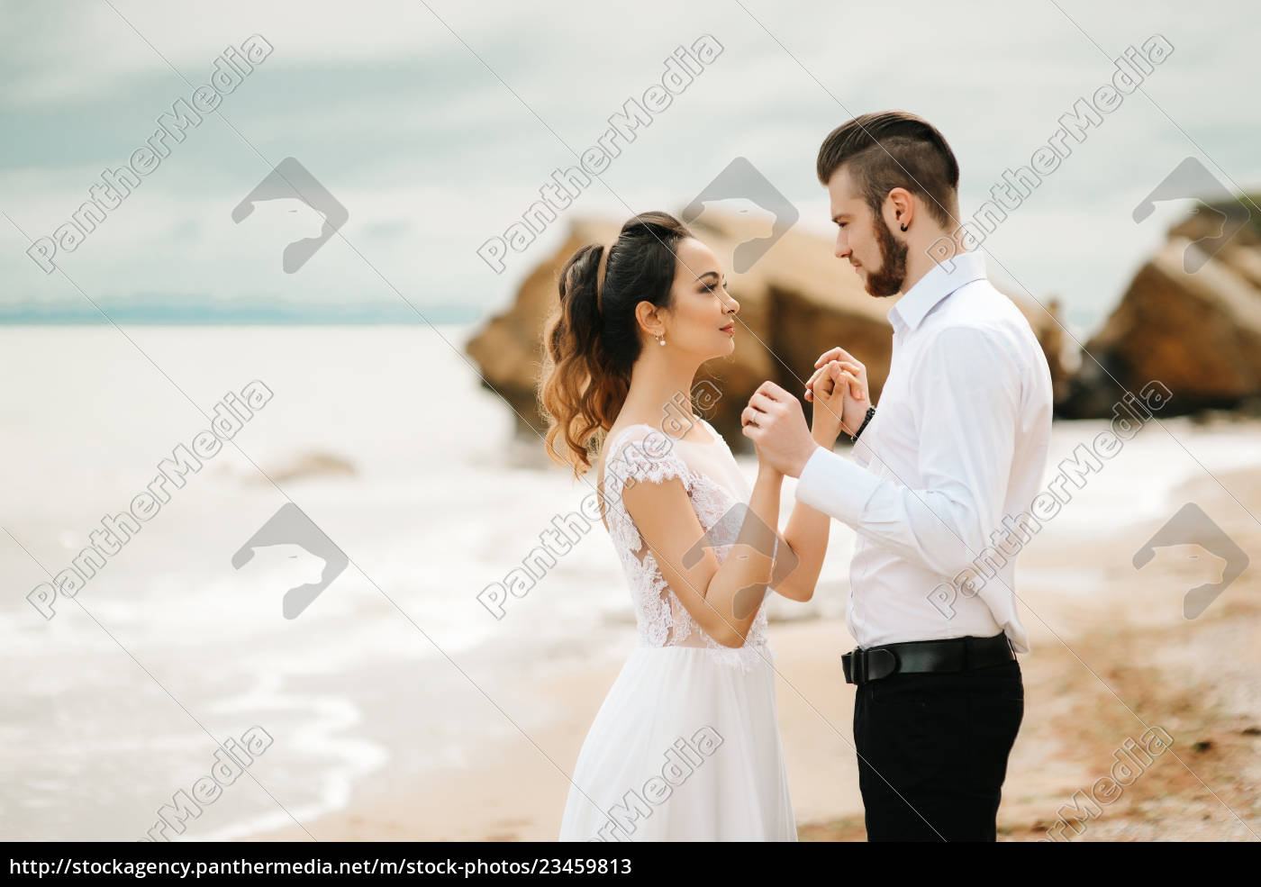 young, couple, groom, with, the, bride - 23459813