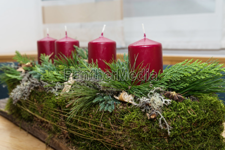 advent wreath elongated and rustic