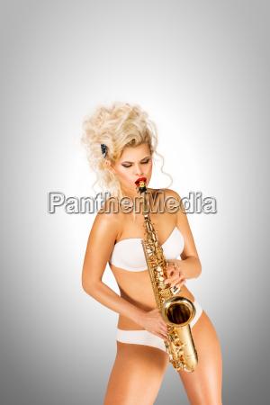 playing, jazz. - 23538774
