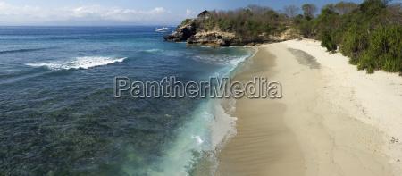 indonesia bali nusa lembongan beach