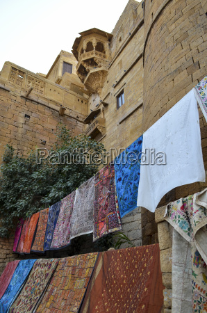 clothesline among hill forts of rajasthan