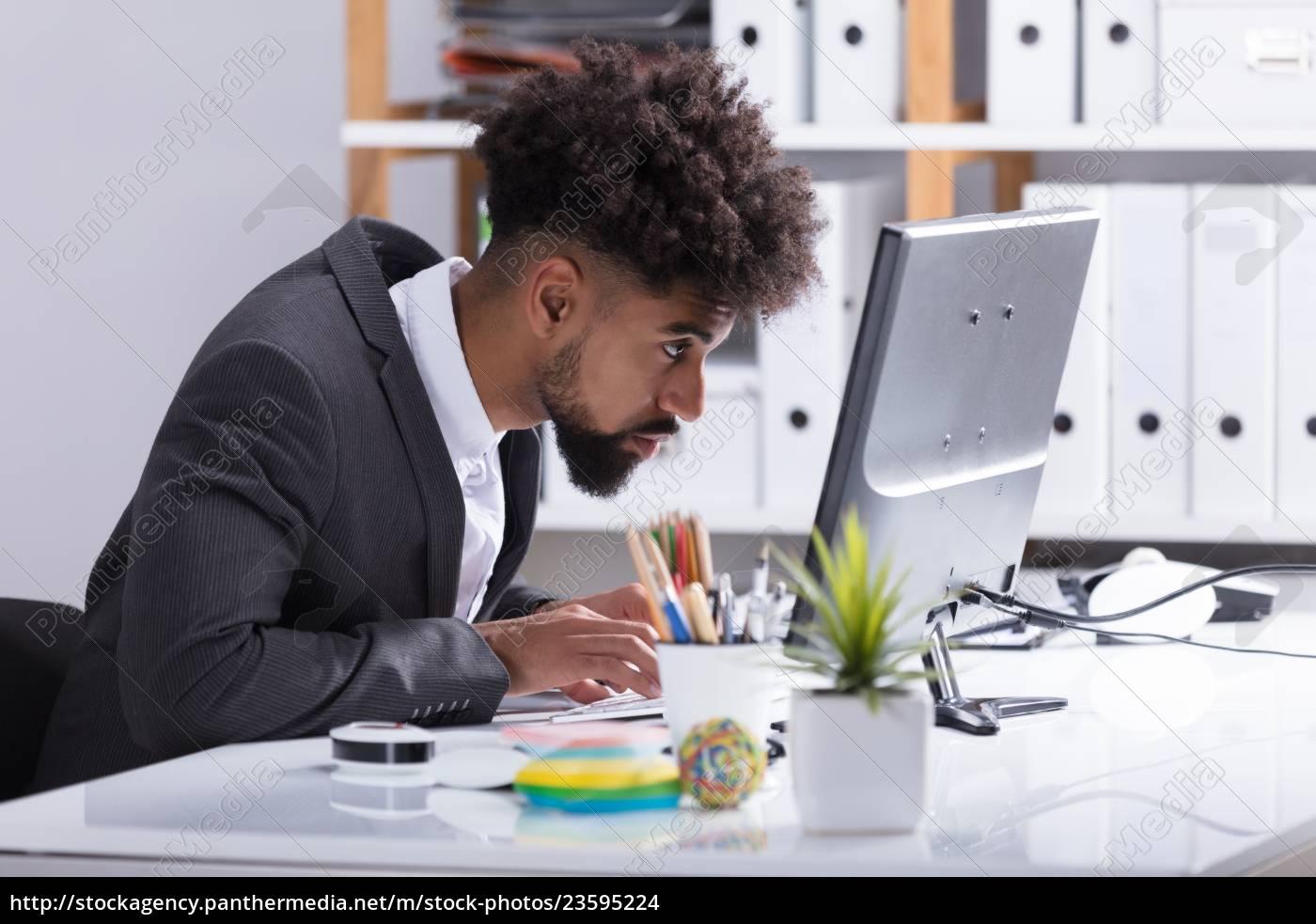 businessman, working, on, computer - 23595224